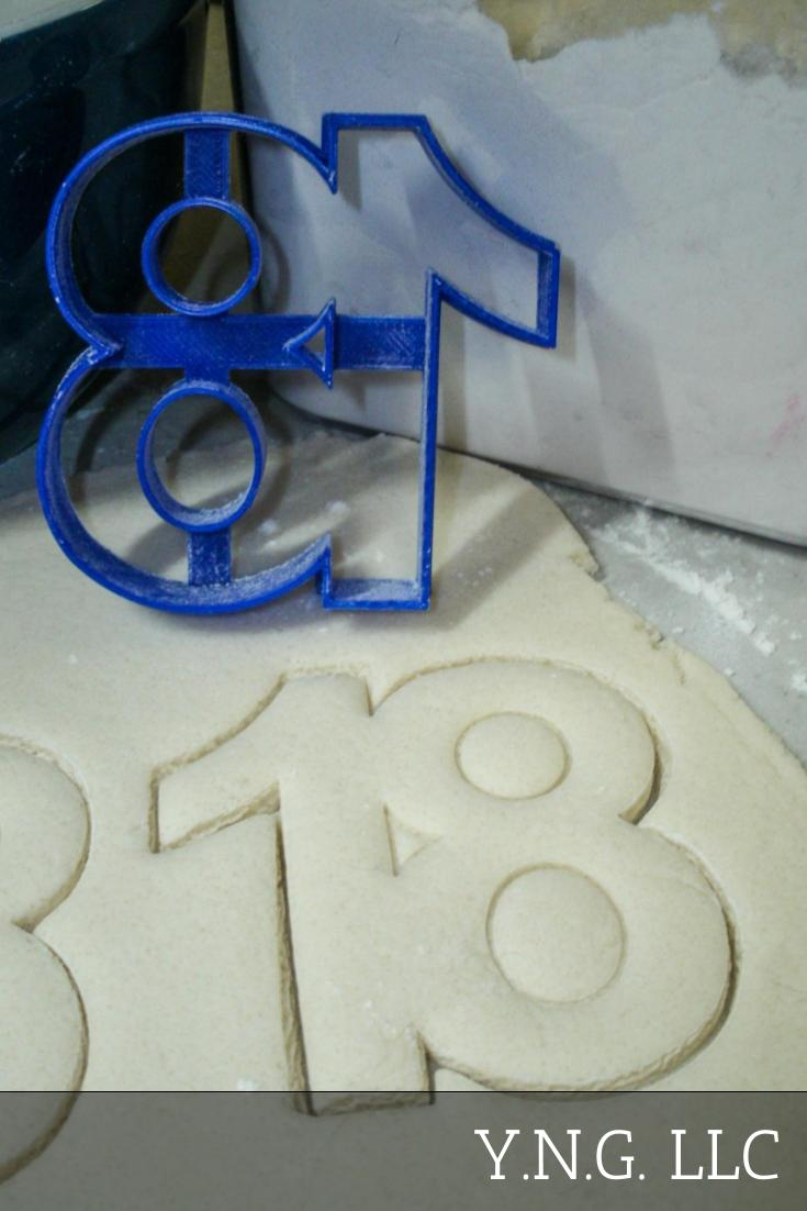Number 18 Eighteen Birthday Anniversary Sports Celebration Party Special Occasion Cookie Cutter Baking Tool Made In USA PR108-18
