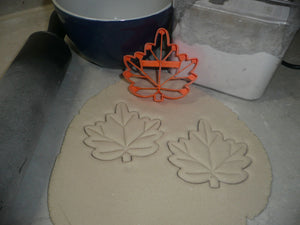 Maple Leaf With Detail Leaves Fall Autumn Canadian Symbol Cookie Cutter PR2943