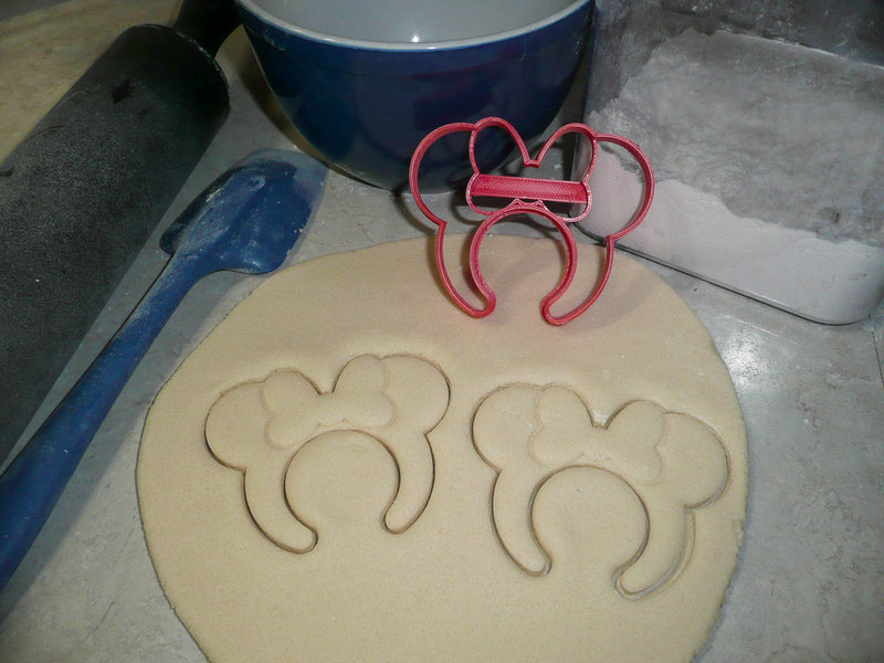 Disney Cruise Ship Family Vacation Set of 14 Cookie Cutters USA PR1511