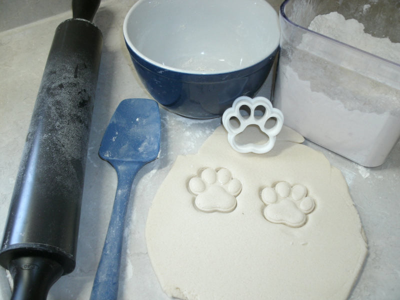 Cat Lover Set Of 4 Cats And Paw Print Kitty Kitten Cookie Cutter Baking Tool USA PR1040