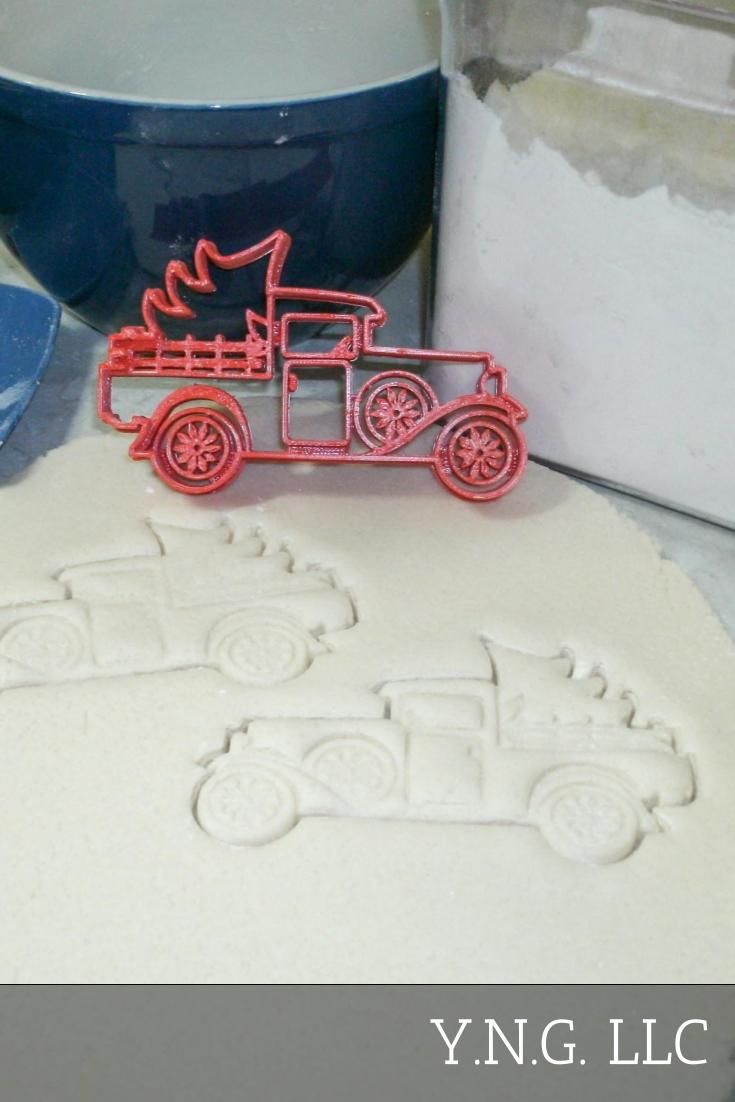 Vintage Classic Antique Pickup Truck With Christmas Tree Special Occasion Cookie Cutter Baking Tool Made In USA PR2237