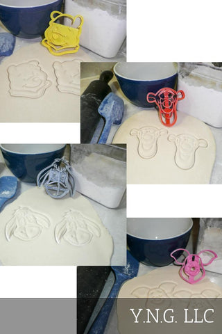 Minnie Mouse Head Cartoon Disney Character Special Occasion Cookie Cutter Baking Tool Made In USA PR530