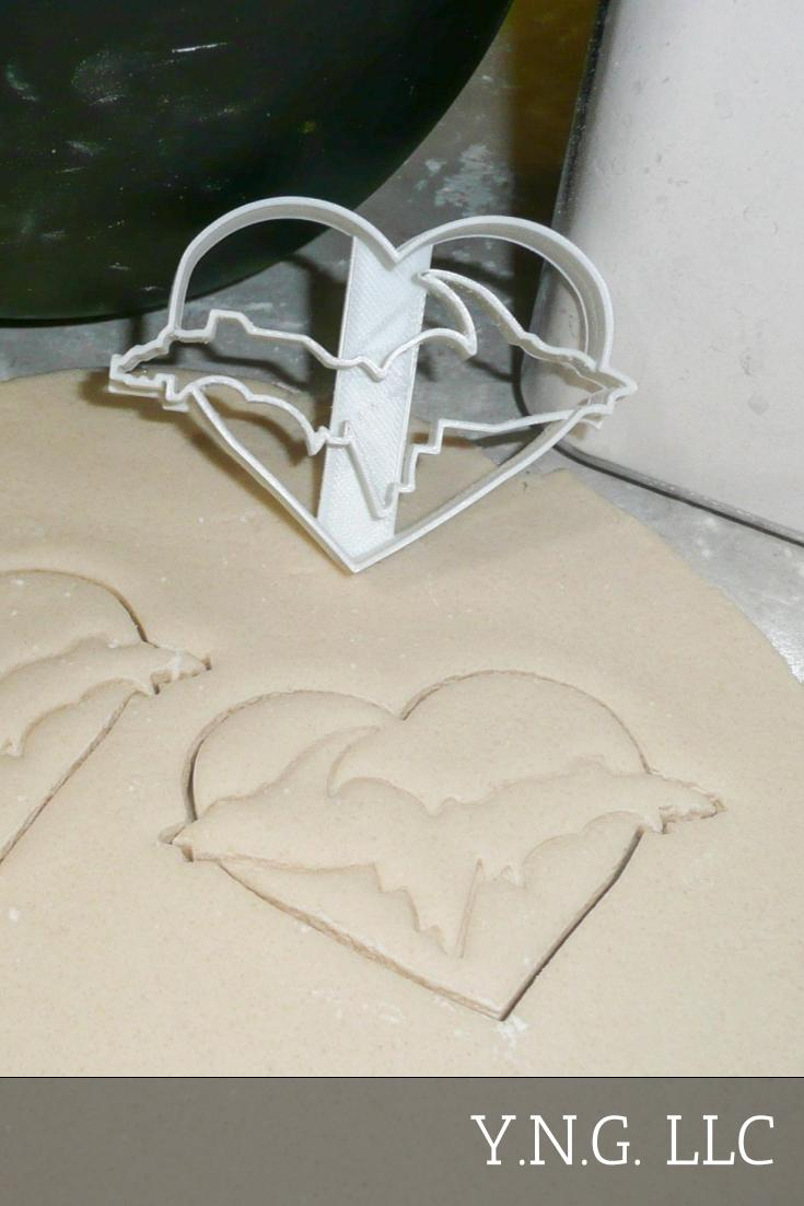 Michigan UP Upper Peninsula Outline With Heart Special Occasion Cookie Cutter Baking Tool Made In USA PR999