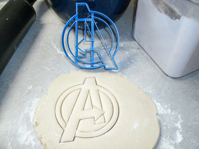 Avengers Superheroes Marvel Comics Movie Characters Logos Set Of 6 Special Occasion Cookie Cutter Baking Tool USA PR1051