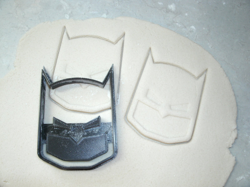 Batman Face Mask Superhero DC Comics Character Special Occasion Cookie Cutter Baking Tool Made in USA PR583