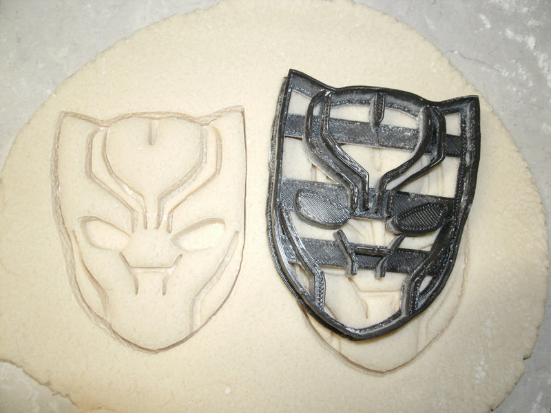 Avengers Infinity War Marvel Character Logos Set Of 10 Cookie Cutters USA PR1089