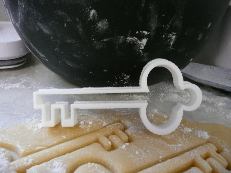 Antique Old Victorian Skeleton Key Special Occasion Cookie Cutter Baking Tool Made in USA PR475
