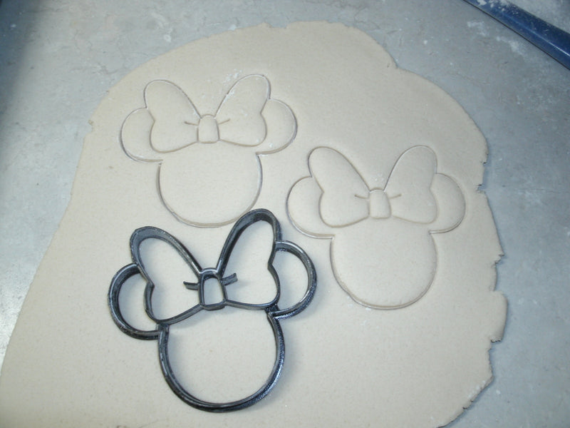 Mickey And Minnie Mouse Cartoon Characters Set of 7 Cookie Cutters USA PR577