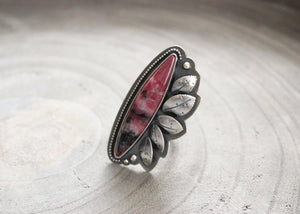 River and Birch gem rhodonite sterling silver leaf statement ring front view