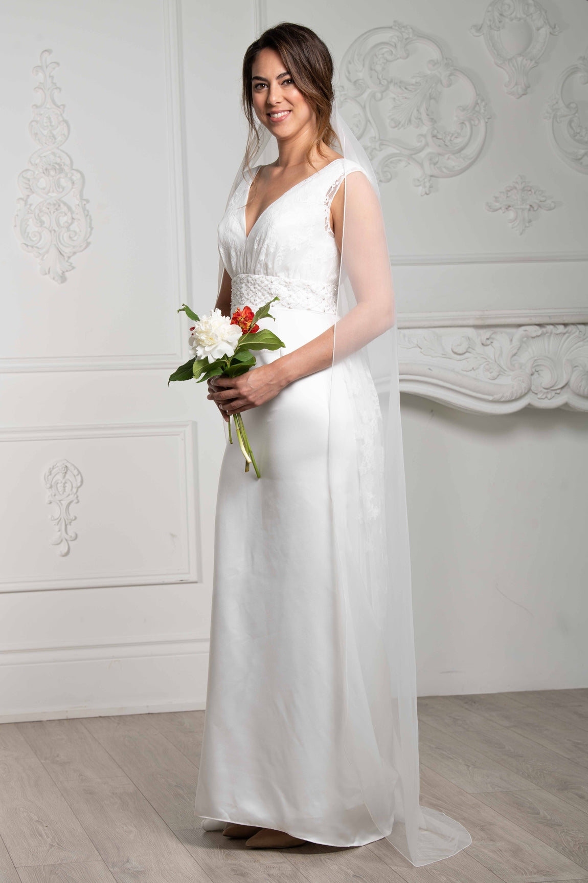 6f092f62ed285 Monica Pencil Edge Floor-Length Veil – Modern Love Bridal