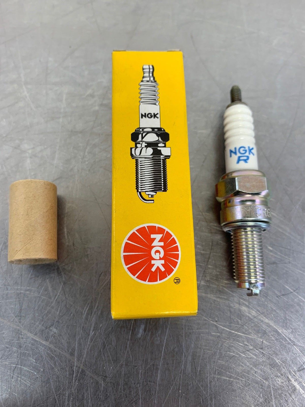 NGK Spark Plug (2) 6965 CR6E This listing is for 2 Spark Plugs