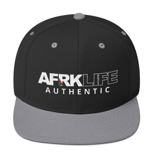 AUTHENTIC - Snapback Hat
