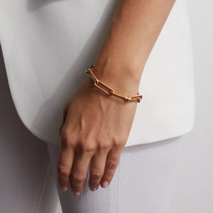 SAXON 18K ELONGATED CHAIN LINK BRACELET