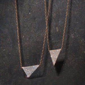 SYDNEY 18K ROSE GOLD AND WHITE RHODIUM DIAMOND E/W TRIANGLE PENDANT