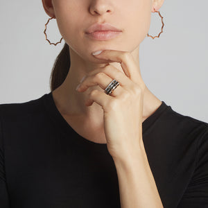 CLIVE 18K SCALLOPED HOOP EARRING
