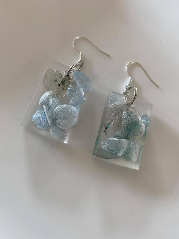 Oaktree Creations Earrings - made with hand-picked Worcestershire flowers