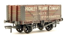 Load image into Gallery viewer, Bachmann 37-093 7 Plank End Door Wagon Highley Mining Company Ltd Weathered OO