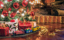 Load image into Gallery viewer, Hornby Santa's Express Christmas Train Set (R1248) OO Gauge