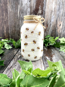 Wonderland Works Bee Pattern One Litre Mason Jar