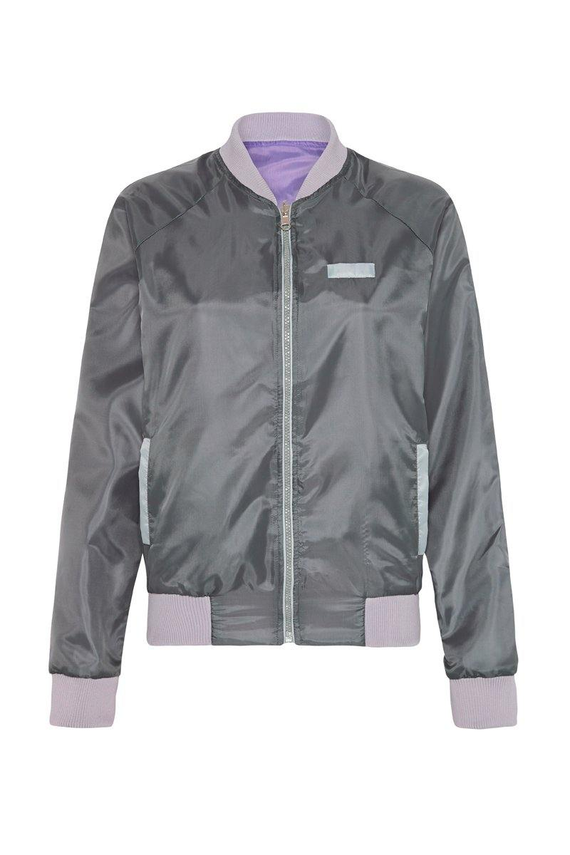 STEELY PIKE REVERSIBLE JACKET,  GREY OUTER,  PURPLE INNER, WORN WITH VASTUS MID-WAIST FULL LEGGING FRONT VIEW