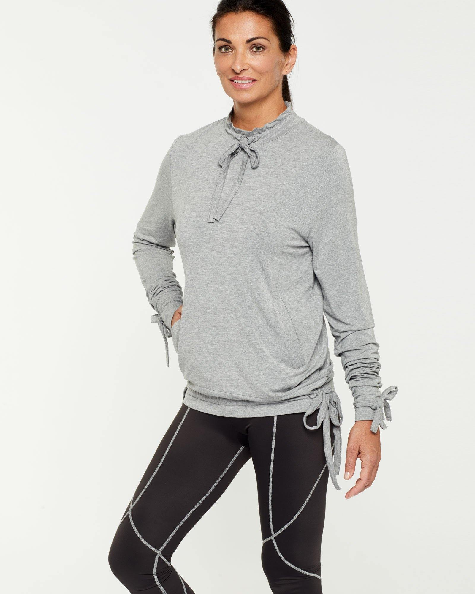 Steely Spinae long sleeve adjustable top with self ties, light grey, bamboo worn with Vastus mid waist full length legging, side view