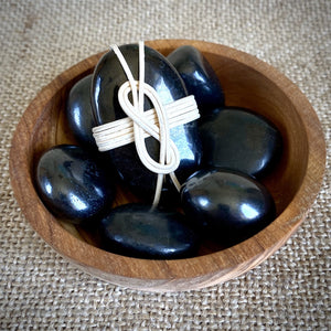 Wrapped Shungite Stone, Knot Motif, Tumbled Shungite, Olive Wood Bowl