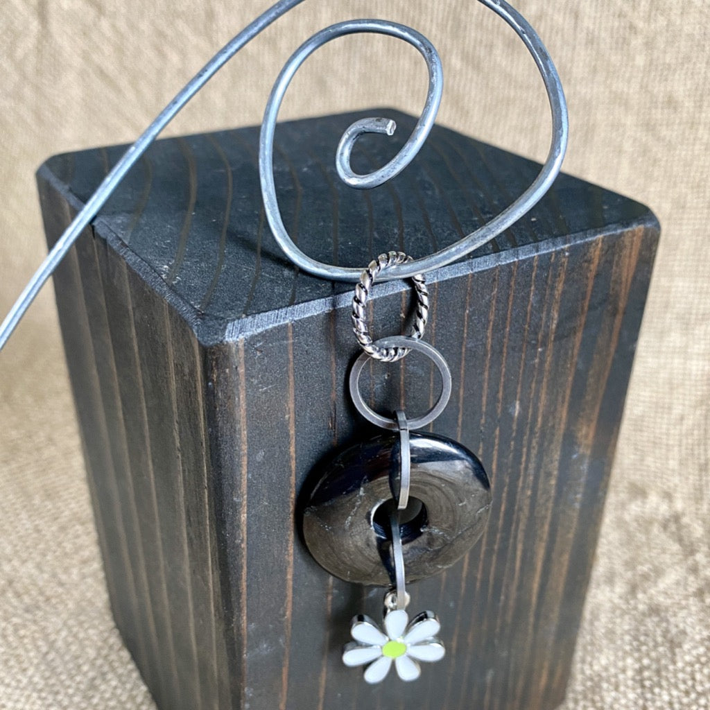 Shungite Donut Plant Stake w/Daisy Charm, EMF Protection for Plants
