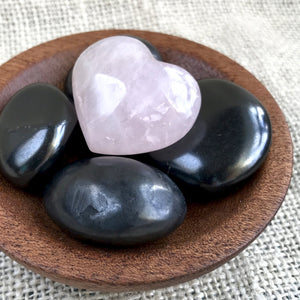 Tumbled Shungite Stones w/Sweet Rose Quartz Heart In Wood Bowl, EMF - Shungite Queen