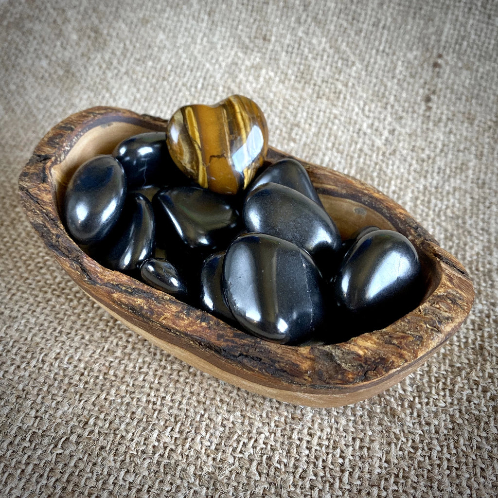 Tumbled Shungite Stones w/Tiger's Eye Heart in Olive Wood Bowl - Shungite Queen