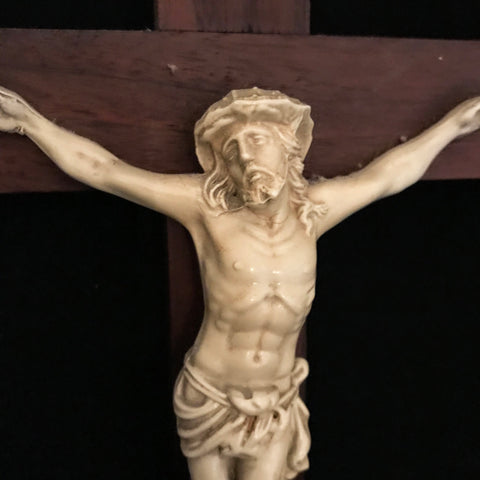 Beautiful Vintage Wall Crucifix