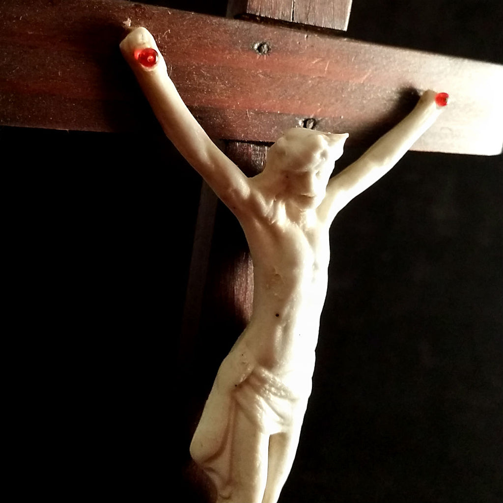 Wood and Ceramic Crucifix with Memento Mori - The Vintage Catholic