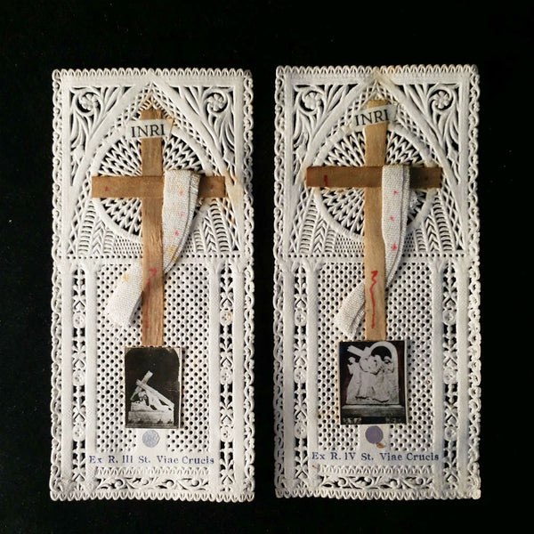 Pair of Lace Stations of the Cross Holy Cards - The Vintage Catholic