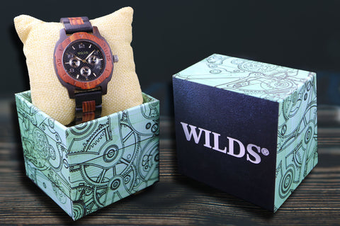 If you want a timepiece that looks chic, but is lightweight so you can comfortably wear it for hours, rest assured your search ends here – this amazing wooden watch is exactly what you are looking for!