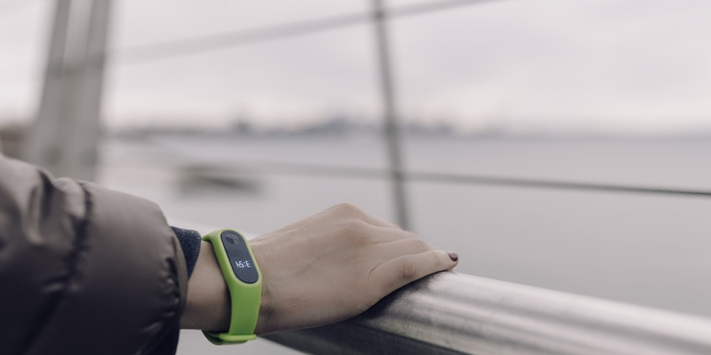 Learn About Versatile Wearable Fitness Activity Tracking Bands