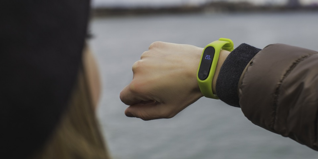 5 Proven Ways to Keep Yourself Fit With the Help of Wearable Fitness Trackers