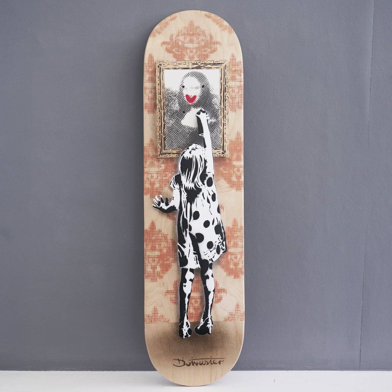 Graffik Gallery Dotmaster - Indigo Get's Up Skateboards Spray Paint
