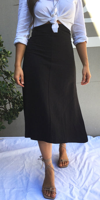 India Linen Midi Skirt in Black