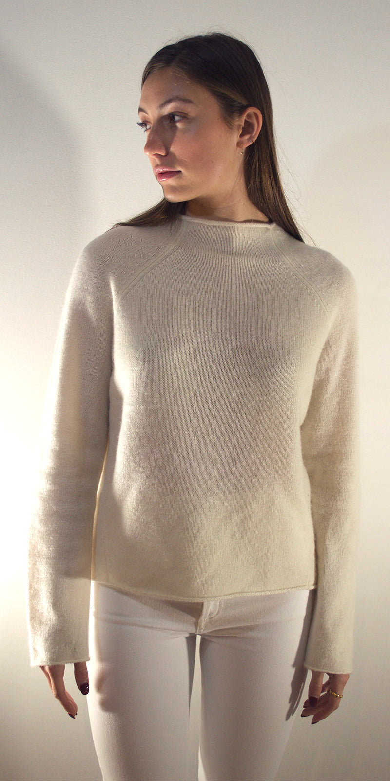 Mia Boat Neck Cashmere Jumper in White