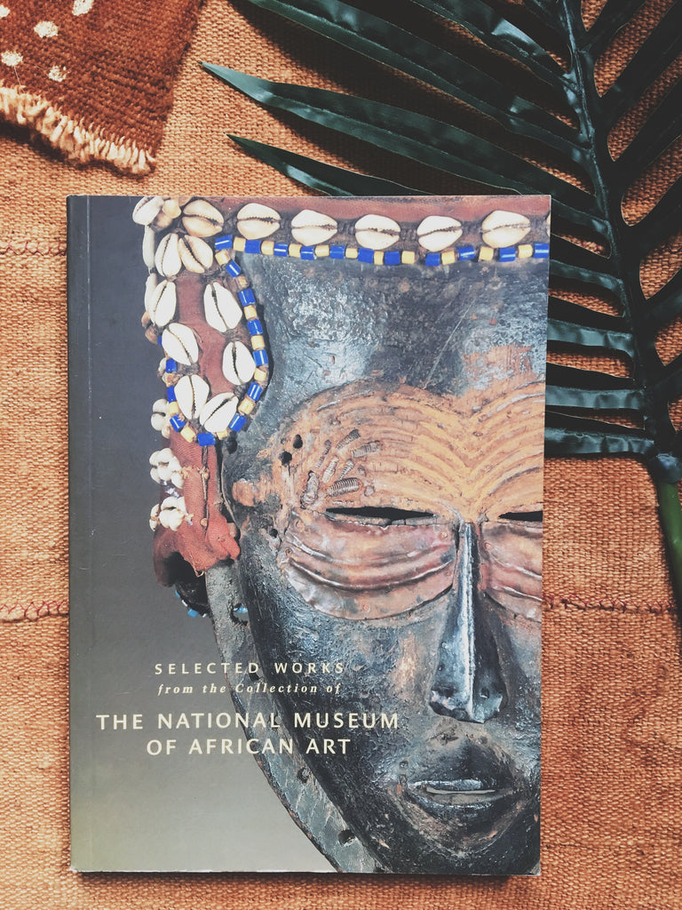 "Paperback ""Selected Works from the National Museum of African Art"" (1999)"