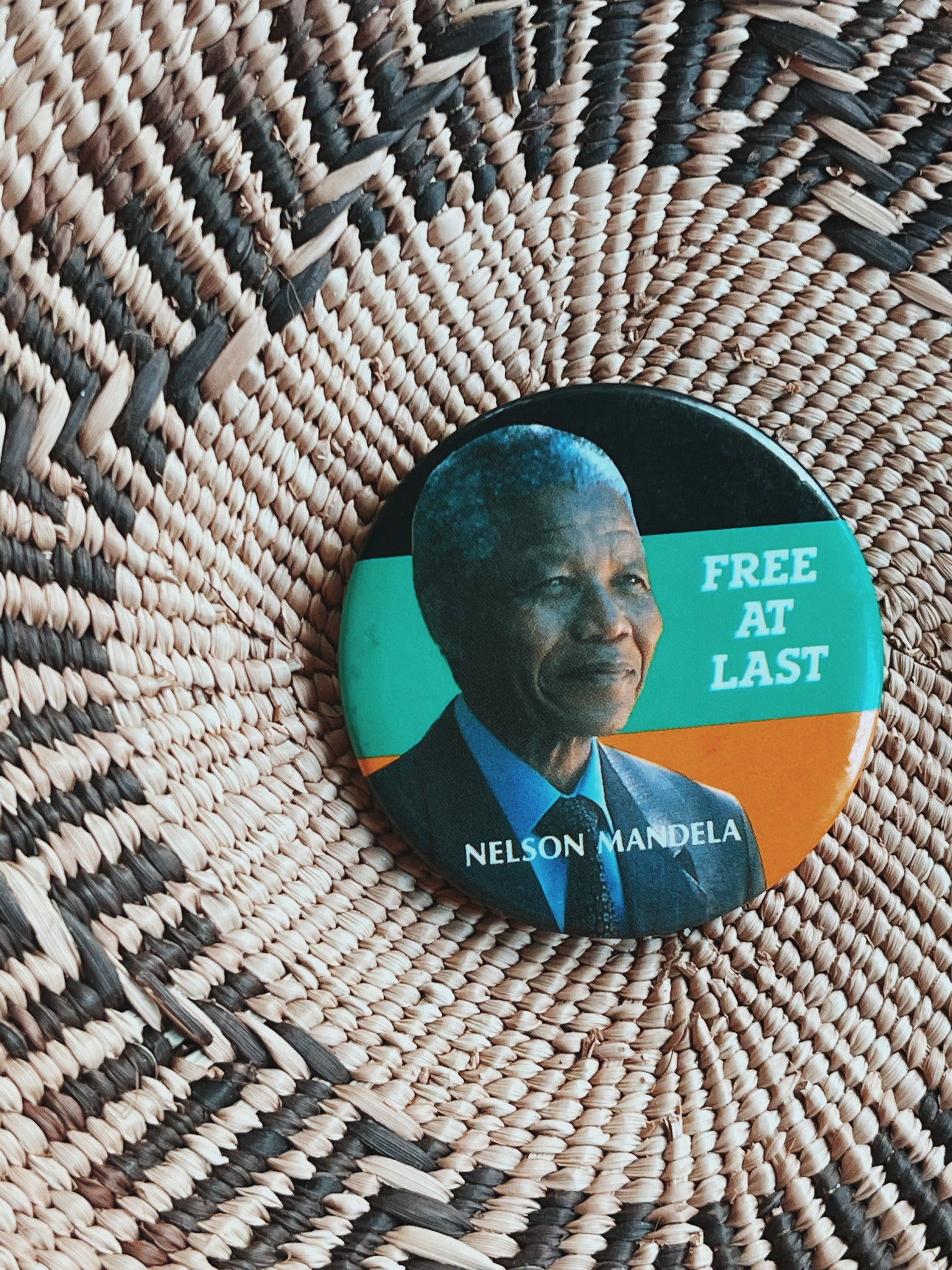 "Vintage ""Free At Last"" Nelson Mandela Pin (1990's)"