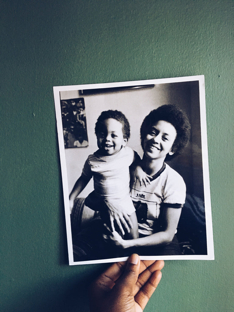 Vintage Nikki Giovanni & Son Press Photo (1973)
