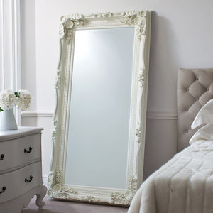 Delfio Cream Leaner Mirror