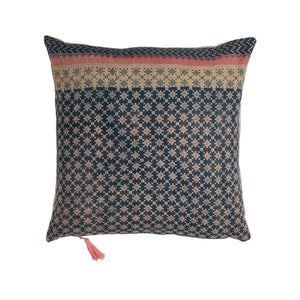 kora kantha cushion haveli design
