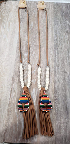 Jewelry Leather serape longhorn tassel necklace white