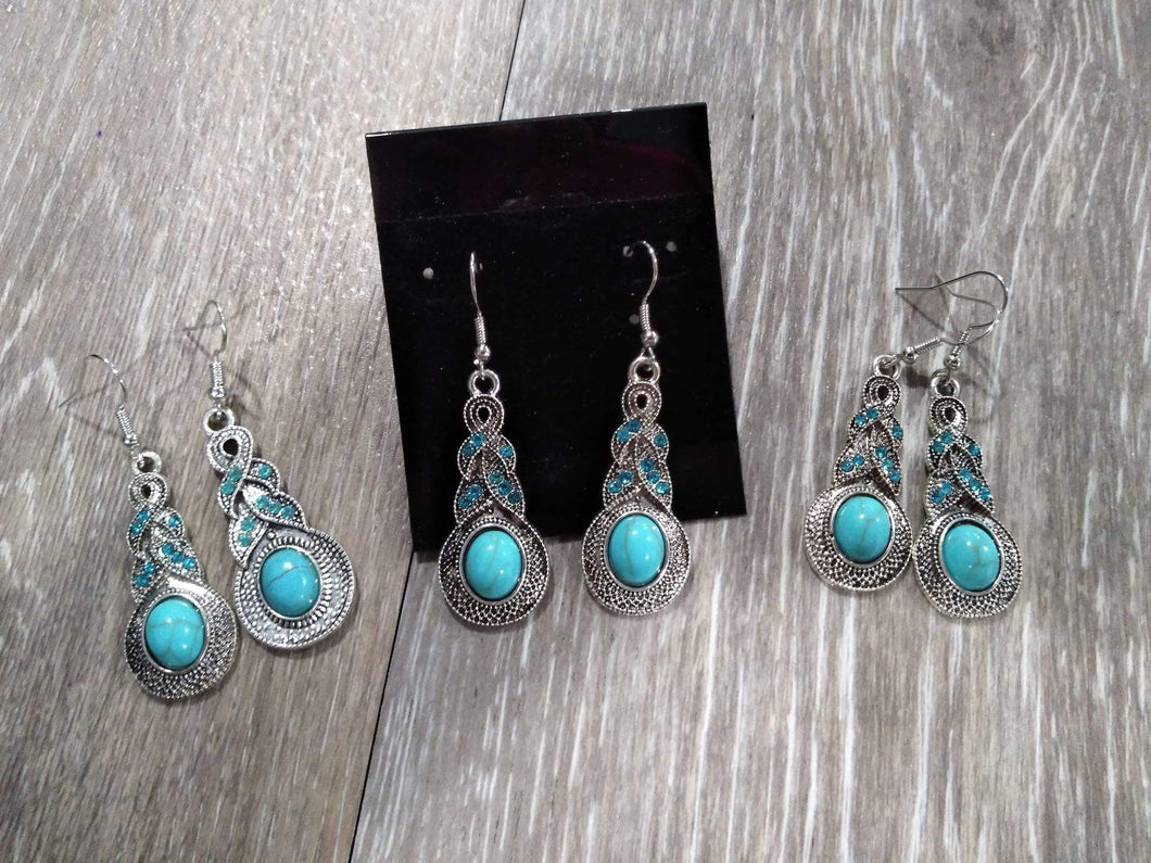 Jewelry Turquoise w/ blue rhinestone earrings
