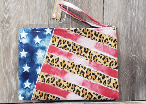 Make-up Bag Flag/Cheetah Make-up Bag