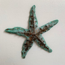 Load image into Gallery viewer, Patina star fish