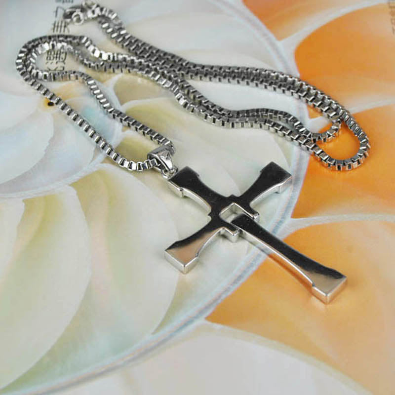 8f59c5a808ceb 925 Sterling Silver The Fast and Furious 8 Dominic Toretto Cross Pendant  Necklace Free Engraving