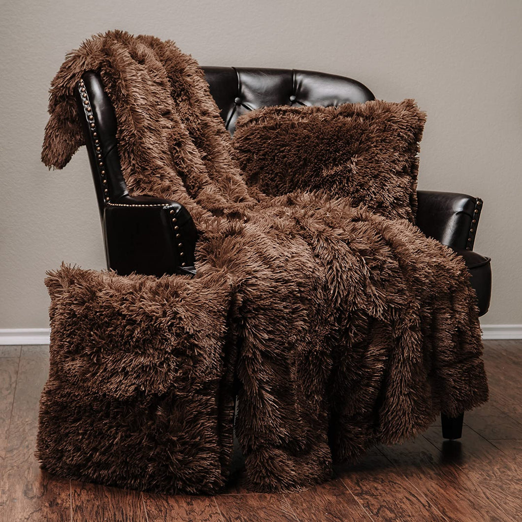 Chocolate Fur Throw and Pillow Set - Tapestry Girls