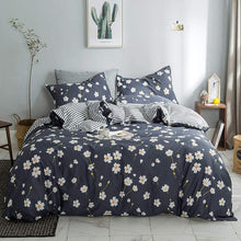 Load image into Gallery viewer, The Floral Daisy Bed Set - Tapestry Girls